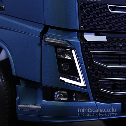 Volvo Head Light Board Front / 서보넛(ServoNaut)