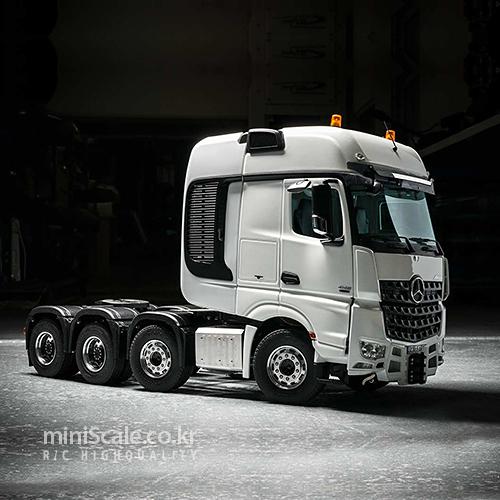 Mercedes-Benz Arocs SLT 8x8 / 스케일아트(ScaleART)