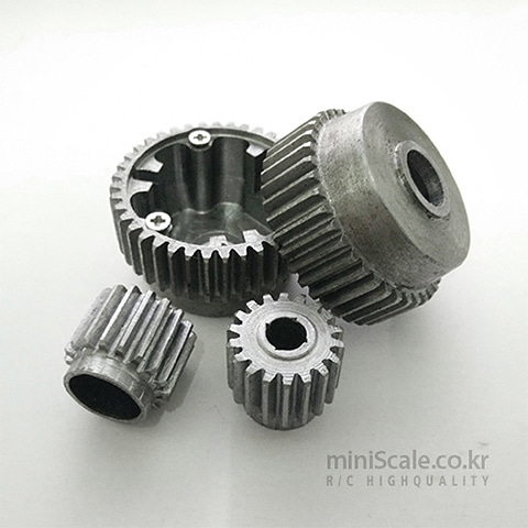 Steel Gears(Leopard2 A6) / DKLM RC(D.K.L.M.RC)